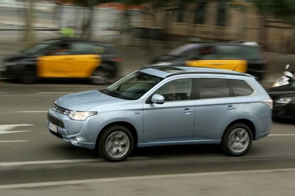 Mitsubishi Outlander PHEV - Inaugurarea la nivel european - vanzari CY13