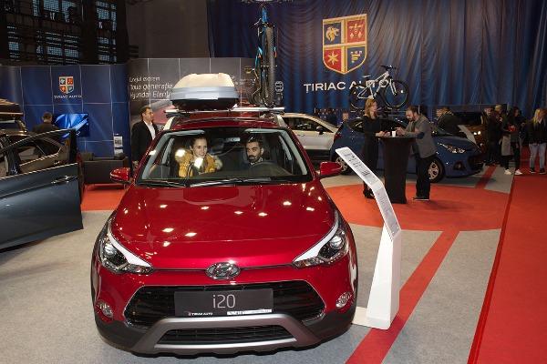tiriac-auto-prezinta-o-gama-extinsa-de-automobile-si-o-serie-de-servicii-complete-in-cadrul-salonului-auto-bucuresti-9.jpg