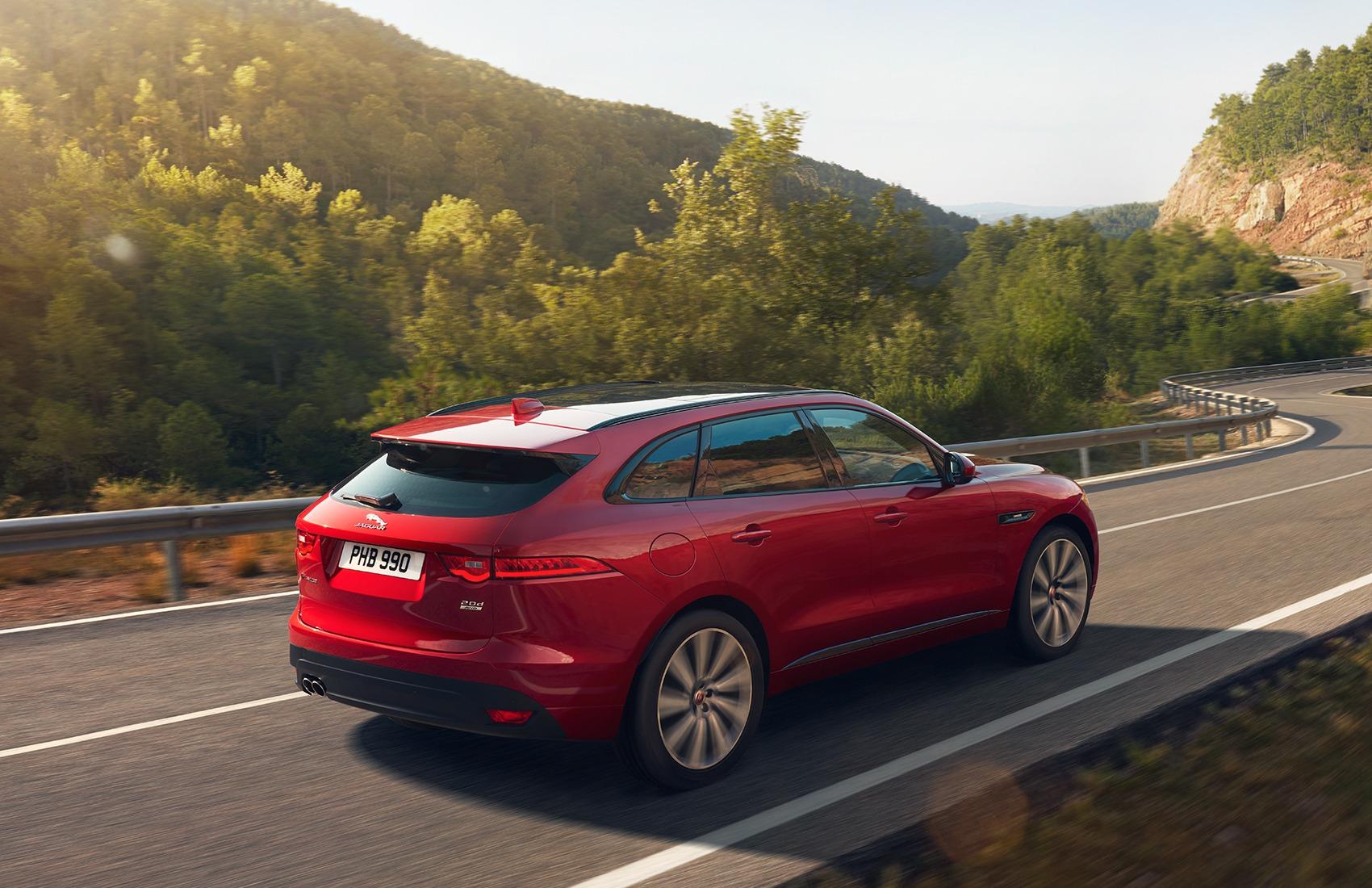 Descopera oferta Jaguar F-Pace!
