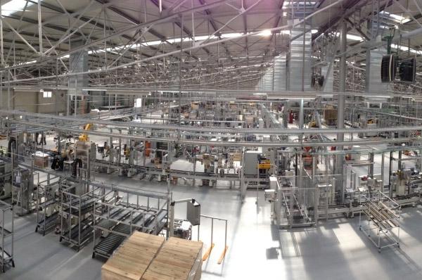 Daimler extinde reteaua de productie pentru autoturismele Mercedes-Benz