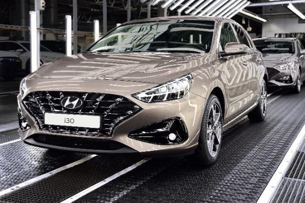 Hyundai demareaza productia noului i30