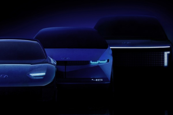 hyundai-prezinta-ioniq-brandul-dedicat-exclusiv-vehiculelor-electrice.jpg