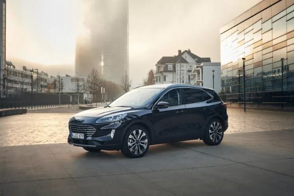 Ford anunta o noua versiune electrificata: Kuga Full Hybrid (FHEV), cu o autonomie de pana la 1.000 Km