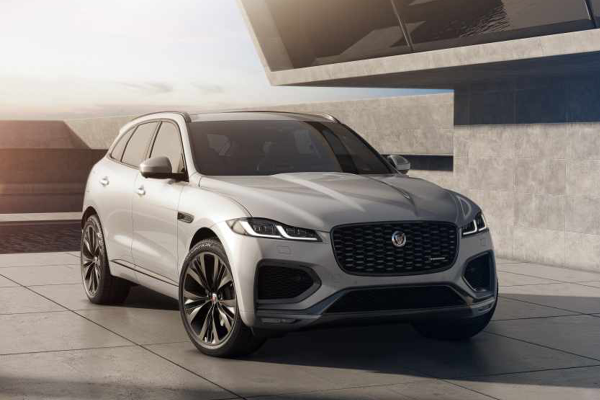 Noul Jaguar F-Pace: luxos, conectat, electrificat