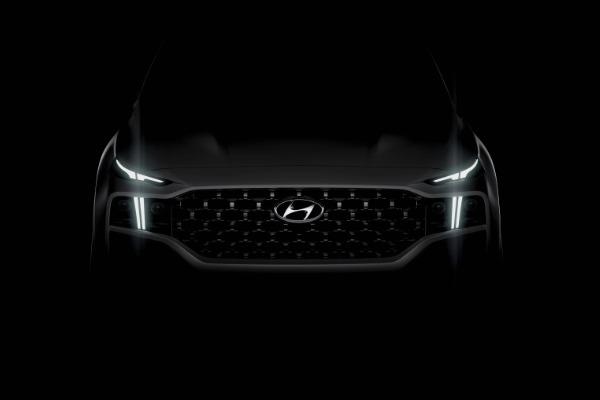 Noul Hyundai Santa Fe – design actualizat si motorizari electrificate