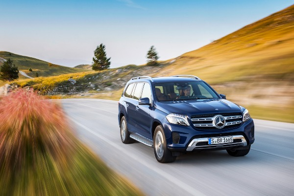 Noul Mercedes-Benz GLS:  performanta de prima clasa pe trasee on si off-road