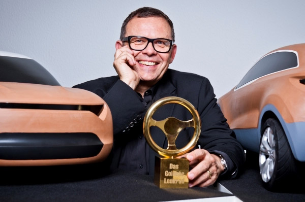"""Peter Schreyer a primit premiul onorific """"Volanul de aur"""""""