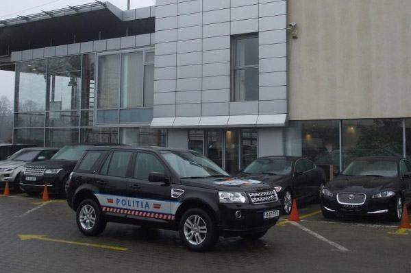 """Tiriac Auto ofera un autoturism Land Rover Freelander 2 Politiei Rutiere Bucuresti, in cadrul campaniei """"Alege viata"""""""
