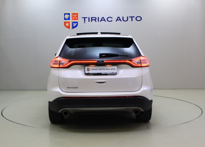 Ford Edge 2.0 TDCi Titanium Powershift 4WD 210 CP
