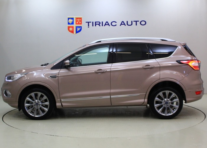 Ford Kuga 2.0 TDCi Vignale 4WD 180 CP Powershift