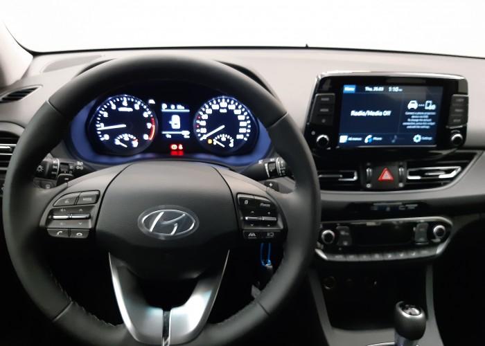 HYUNDAI i30 Fastback i30 FASTBACK 1.5T 160CP M-Hybrid 48V 7DCT 5DR Highway