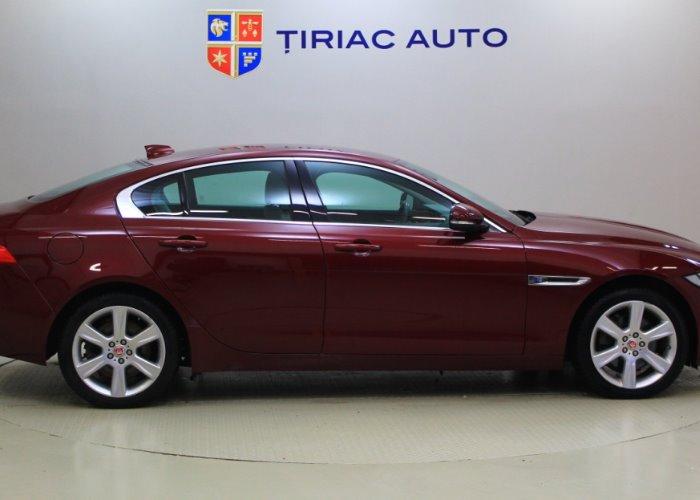 Jaguar XE Sedan 2.0 I4D Prestige 180CP AWD