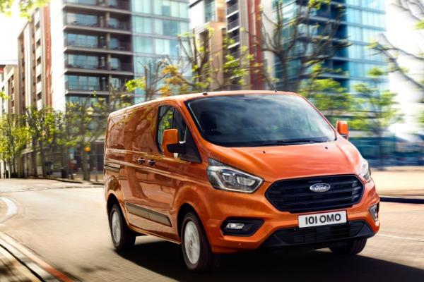Oferta pers. juridice: Ford Transit Custom Van– rata lunara de 283 € fara TVA prin Programul Rabla